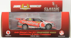 【送料無料】模型車 モデルカー スポーツカージェイミーホールデンコモドールボーダフォンクラシックjamie whincup holden ve commodore 2011 vodafone 143 classic carlectable 10882