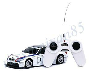 【送料無料】模型車 モデルカー スポーツカーレースカーbmw m3 dtm radiocontrolled car race car prototype 124 rastar