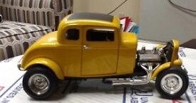 【送料無料】模型車 モデルカー スポーツカーヴィンテージdiecastアメリカ32フォードクーペ 32078,118 vintage diecast, american graffiti 32 ford deuce coupe 32078,118 preowned