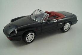 【送料無料】模型車 モデルカー スポーツカーユニバーサルホビーモデルカーアルファロメオスパイダーuniversal hobbies model car 118 alfa romeo spider