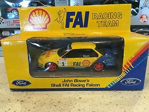 【送料無料】模型車 モデルカー スポーツカージョンシェルレーシングファルコン#クラシックオーストラリアレースカーjohn bowe shell fai racing falcon 1 classic carlectables v8 australian race car