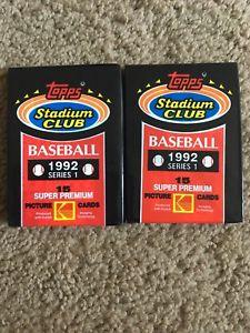 【送料無料】スポーツ メモリアル カード スタジアムクラブトレーディングカードシリーズ1992 topps stadium club baseball trading cards series 1 unopened 2