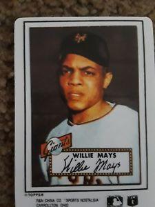 【送料無料】スポーツ メモリアル カード ウィリーメイズトップスベースボールカードwillie mays topps porcelain baseball card