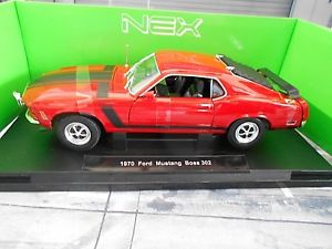 【送料無料】模型車 モデルカー スポーツカー フォードムスタングボスクーペford mustang mkii boss 302 coupe 1970 red rot weiss muscle car v8 welly 118