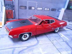 【送料無料】模型車 モデルカー スポーツカー フォードトリノクーペford torino gt coupe v8 muscle car re rot 1970 rar ertl amt 118