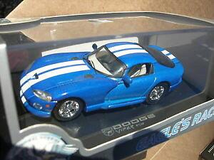 【送料無料】模型車 モデルカー スポーツカー イーグルレースダッジバイパーブランシュeagle race 143 dodge viper rt10 bleue blanche