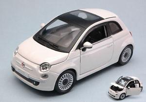 【送料無料】模型車 モデルカー スポーツカー フィアットヌォーヴァモデルfiat nuova 500 2007 white 124 model 22106w bburago