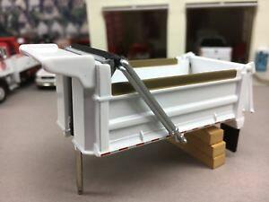 【送料無料】模型車 モデルカー スポーツカー ホワイトダンプボディ164 first gear white dump body