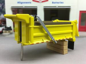 【送料無料】模型車 モデルカー スポーツカー ダンプボディ164 first gear yellow dump body