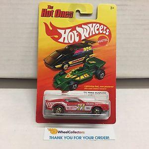 【送料無料】模型車 モデルカー スポーツカー フォードムスタングチェイスレッドラインタイヤホットホットホイール※71 ford mustang * chase red line tires * hot ones hot wheels * e11