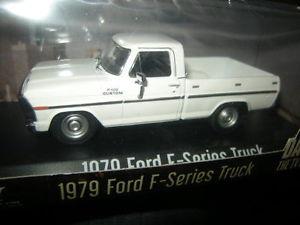 【送料無料】模型車 モデルカー スポーツカー ダラステレビシリーズフォードシリーズトラック
