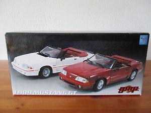 【送料無料】模型車 モデルカー スポーツカー フォードムスタングgor 118 gmp ford mustang gt 1989 cabriolet neu ovp