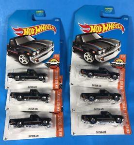 【送料無料】模型車 モデルカー スポーツカー ホットホイールダットサントラックハードウェアホットトラックケース