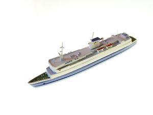 【送料無料】模型車 モデルカー スポーツカー フェリーフェリードイツハンザroro ferry boat fhre fhrschiff deutschland, hansa s 244 in 11250