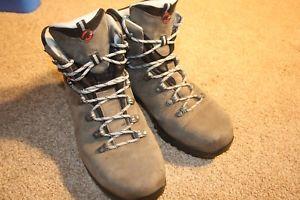 【送料無料】キャンプ用品 mammotgtx ms95ハイキングブーツvibramlittle used mammot trail gtx ms size 95 lightweight hiking boots, vibram