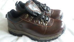 【送料無料】キャンプ用品 レディースコットントレーダーウォーキングシューズサイズladiescotton traders brown leather walking shoes size 5