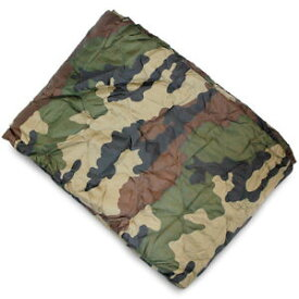 【送料無料】キャンプ用品 ポンチョライナーキルトマットウォームus army ripstop gi poncho liner quilted travel sleeping bag mat warm ce camo