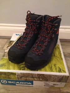 【送料無料】キャンプ用品 ピークブーツサイズscarpa peak gtx boots size 105