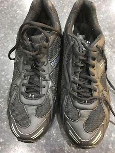 【送料無料】キャンプ用品 マグナムフィットネスセンタートレーナーソールズスポーツフィットネスmagnum fitness army trainers genuine issue vibram solessportfitness
