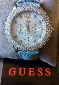 【送料無料】guess womens quartz watch w0336l7 silver with crystals amp; denim strap x mas gift