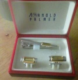 【送料無料】メンズアクセサリ— アーノルドパーマーカフスボタンタイピンarnold palmer cufflinks and tie pin