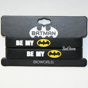 【送料無料】ブレスレット アクセサリ? コミックバットマンバットロゴbffゴムブレスレットベストdc comics be my batman bat logo best friends bff rubber bracelet 2 pk 12 nwt