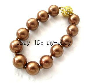 【送料無料】ブレスレット アクセサリ? ラウンドコーヒーブラウンサウスシーシェルパールブレスレットクラスプround 14mm cee brown south sea shell pearl braceletmagnet crystal clasp 8