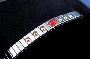 【送料無料】ブレスレット アクセサリ? kゴールドステンレススチールブレスレットstainless steel expansion bracelet with cat eye stone and 18k gold 1780