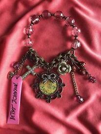 【送料無料】ブレスレット アクセサリ— ジョンソンビンテージラムクロスエンジェルブレスレットbetsey johnson vintage cherub lamb cross angel rosebud vegetable garden bracelet