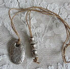 【送料無料】アクセサリー ネックレスコリアークスcollier sautoir pendentif diplodocus en metal martele