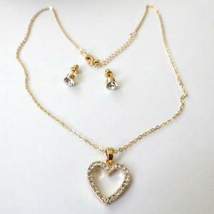 【送料無料】アクセサリー ネックレスゴールドクオーレビアンキparure donna colore oro collana cuore e orecchini con zirconi bianchi 55 zz