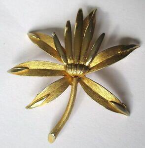 【送料無料】アクセサリー ネックレスブローチヴィンテージリリーフbroche bijou vintage sign pim fleur relief couleur or poli et grav 440