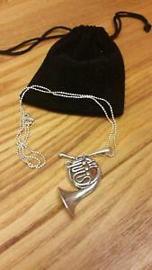 【送料無料】ネックレス オレンジチューバペンダントスターリングシルバーチェーンamber sterling silver tuba pendant, on sterling silver 18 chain