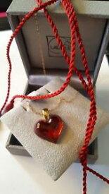【送料無料】ネックレス ラリッククリスタルハートゴールドチェーンシルクコードlalique crystal red heart 9ct gold chain and silk cord stunning