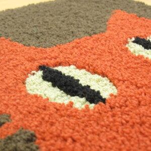 玄関マット室内洗える45×70cmATUKOMSATANOブランド『見つめる猫』名前の通り見つめているネコをモチーフ。かわいいおしゃれな俣野温子の屋内エントランスマット。大人カジュアル、北欧、動物柄、滑り止め、日本製