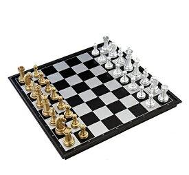 豪華なボードゲーム 金と銀のチェス 大判サイズ 約32cm×32cm / マグネット式で外でも遊べます 一式セット / 遊戯 チェス盤 ゴールド シルバー