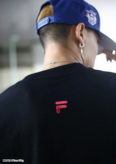 FILA(フィラ)のTシャツ(ロゴ)
