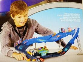 ◎カーズ おもちゃ ミニカー/ 子供達は大はしゃぎ♪マイクロドリフト スーパースピードウェイコース! カーズ おもちゃ【予約商品】