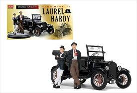 ミニカー 1/24 SUNSTAR◎ローレル&ハーディ フィギュア付き♪ 1925 T型フォード 映画「僕たちのラストステージ」劇中車【予約商品】
