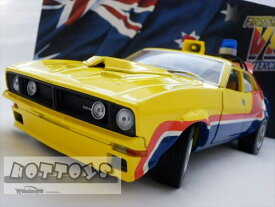 ミニカー 1/18 マッドマックス インターセプター MFP 1974 フォード・ファルコンV8 黄色 4ドアセダン 「インターセプター」フォード XB ファルコン【予約商品】