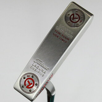 2 ♦ Titleist Scotty Cameron 拉古娜 1.5 圈 T 重量 15 g x 2 34 英寸旅游推杆和 Scotty Cameron 推杆