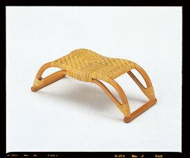 座椅子 ブリッジのようなユニークなデザイン 籐正座器(ブリッジタイプ) イス・チェア 座椅子 籐製 座椅子 座イス 座いす 椅子 いす イス チェア チェアー 姿勢 腰痛 コンパクト 北欧 シンプル クッション 座布団 リラックスチェアー リビング 一人掛け 1人掛け