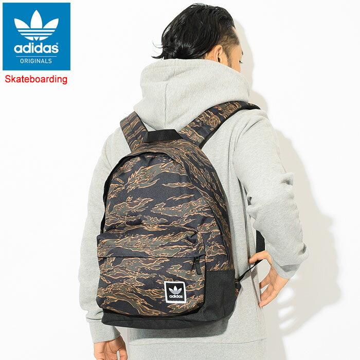 アディダス adidas リュック カモ AOP バックパック(adidas Camo AOP Backpack Originals Skateboarding スケートボーディング Bag バッグ Daypack デイパック 迷彩 普段使い 通勤 通学 旅行 メンズ レディース ユニセックス 男女兼用 DH2571)