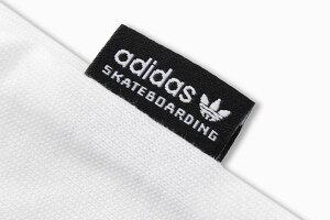 アディダスadidasTシャツ半袖メンズソリッドブラックバードオリジナルス(adidasSolidBlackbirdS/STeeOriginalsスケートボーディングトレフォイルロゴティーシャツT-SHIRTSカットソートップスメンズCW2336CW2339DH3865)[M便1/1]