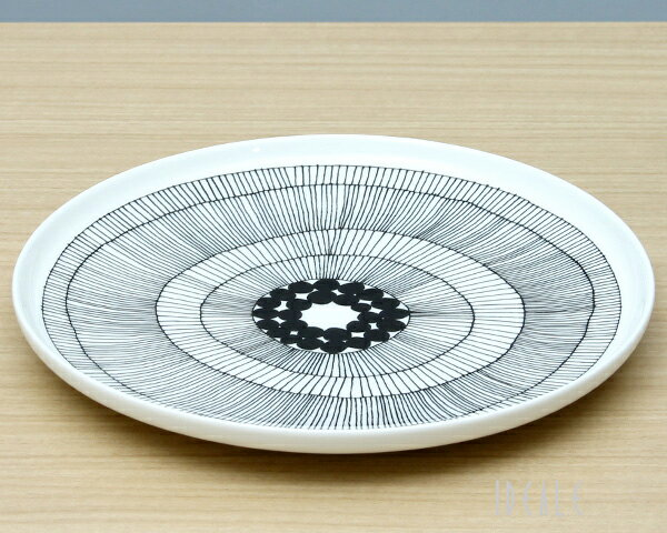 マリメッコ シイルトラプータルハ プレート 25cm ホワイト/ブラック marimekko SIIRTOLAPUUTARHA 【ギフト】【ラッキーシール対応】