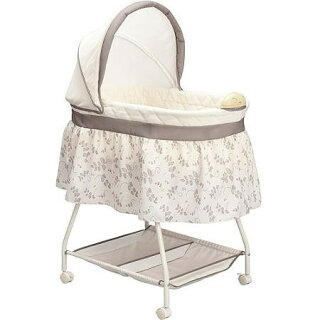 DeltaChildren乳幼児用ベビーベッドバシネット出産祝い
