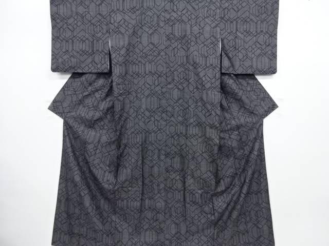 【IDN】 重ね亀甲模様織り出し本場泥大島紬着物(5マルキ)【リサイクル】【中古】【着】