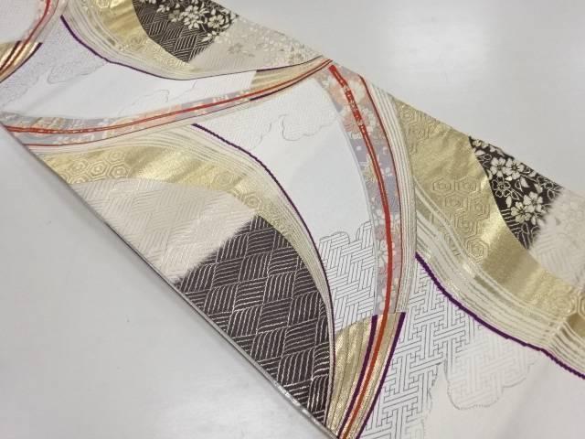 【IDN】 枝垂れ桜に古典柄織出袋帯【リサイクル】【中古】【着】