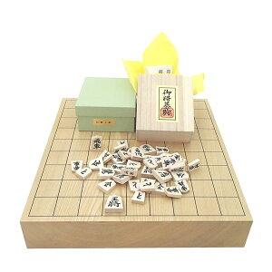 木製将棋セット 北海道産の栓(せん)2寸1枚板卓上将棋盤竹(約6cm厚)と木製白椿上彫将棋駒