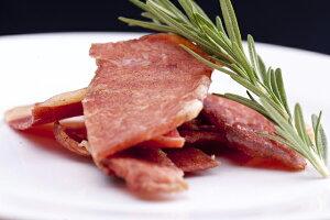 育風堂 干し豚 国産 群馬麦豚 熟成 燻製 ポークジャーキー おつまみ お取り寄せグルメ 肉 お肉 豚肉 おいしい